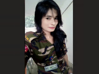 Bangladeshi military officer fingering for her bf in video call 1
