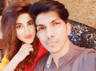 Pakistani actress Fatima Sohail fucking with Mohsin Abbas Haider with hindi audio MmS