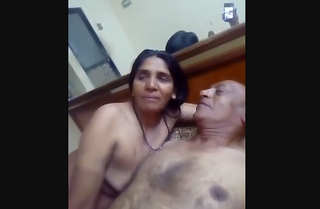 Desi village aunty fucking with father in lw