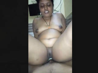 Cheating Bhabhi riding lover in hotel room