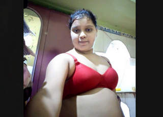 Desi Cute Bhabhi From Kolkata Taking Nude Selfies Part 3