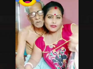 Desi Bhabhi Tiktok Fun With Oldman