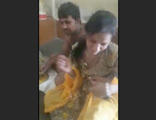 indian homely housewife exposed and cummed on face